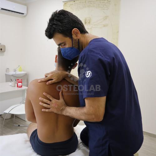 Valutazione-osteopatica-della-colonna-vertebrale